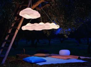 Suspension indoor ou outdoor Nefos, disponible en 2 tailles.
