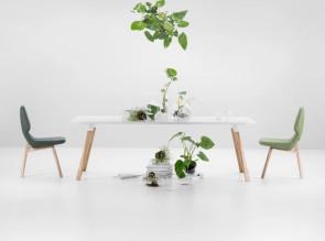 Table pieds bois Oblique