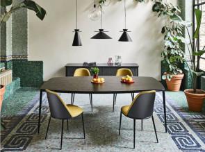Table Lea par Midj, plateau bois noir