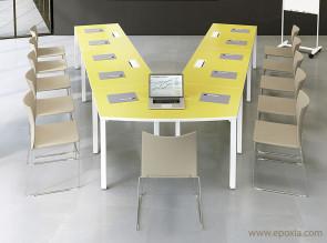 """Table de réunion """"V"""" plateau stratifié vert anis In Quarto"""
